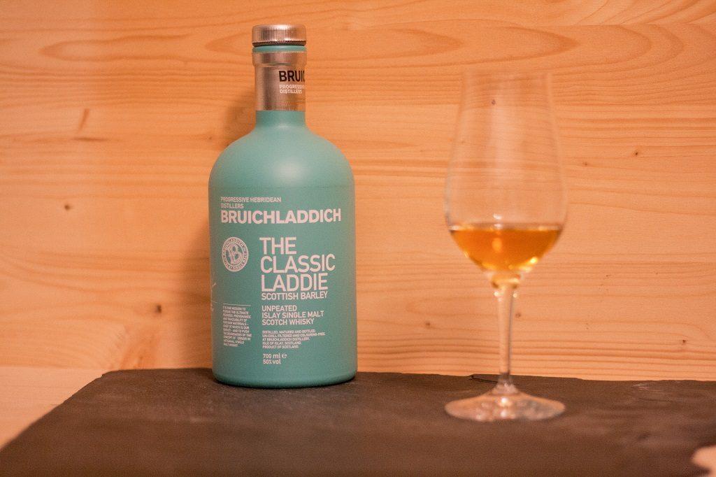Der Bruichladdich The Classic Laddie ist wirklich ein schönes Produkt.