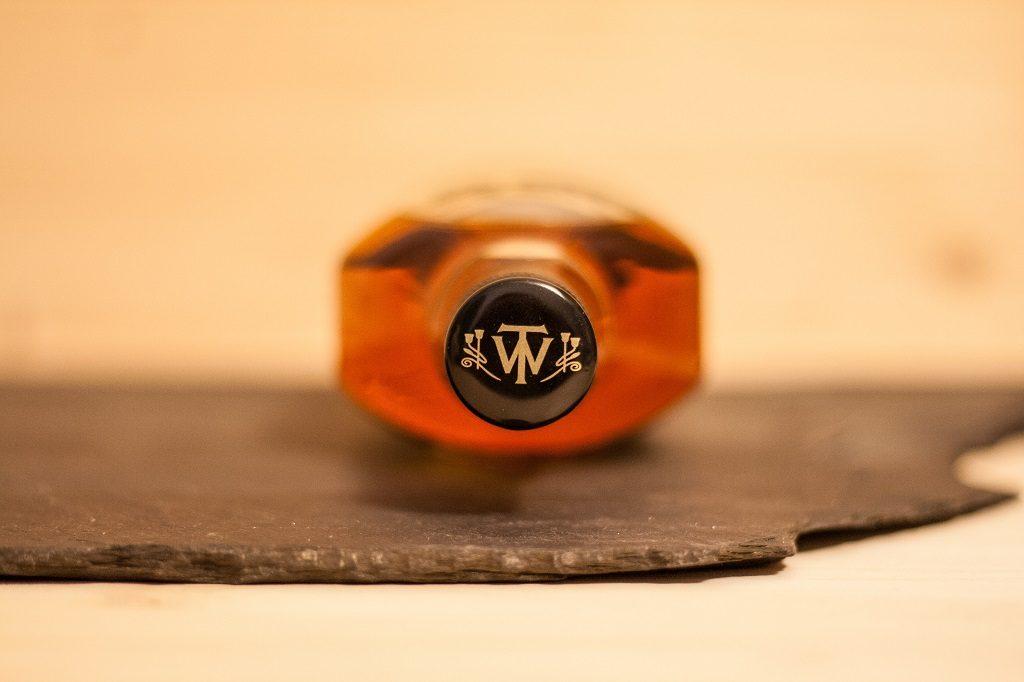 Das Emblem von Wiliam Teacher ziert den Flaschendeckel.